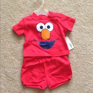NWT baby Elmo 2 piece outfit set